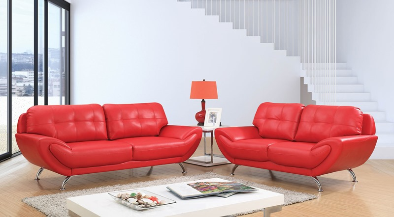 Reanna Living Room Set in Red