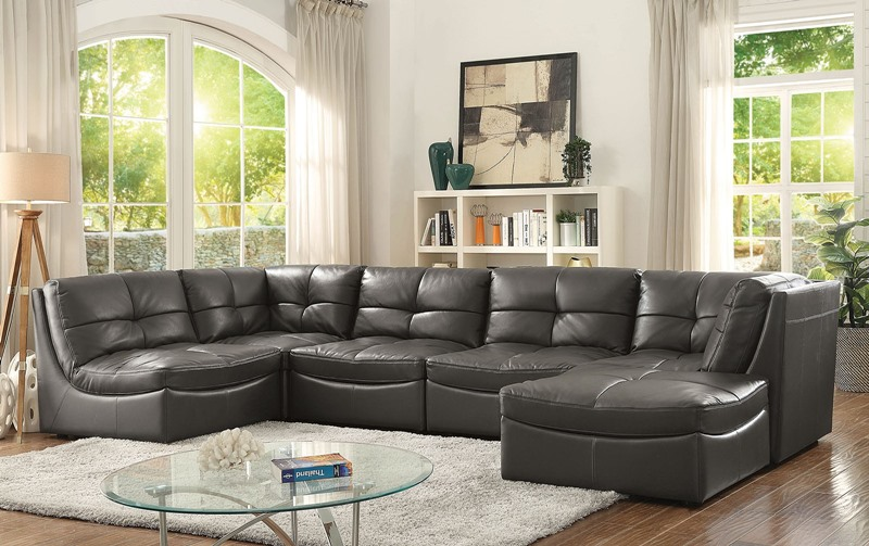 Libbie Sectional Sofa in Gray