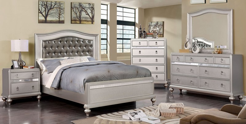 Ariston Bedroom Set in Silver