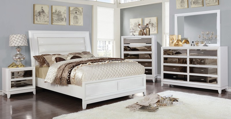 Golva Bedroom Set in White