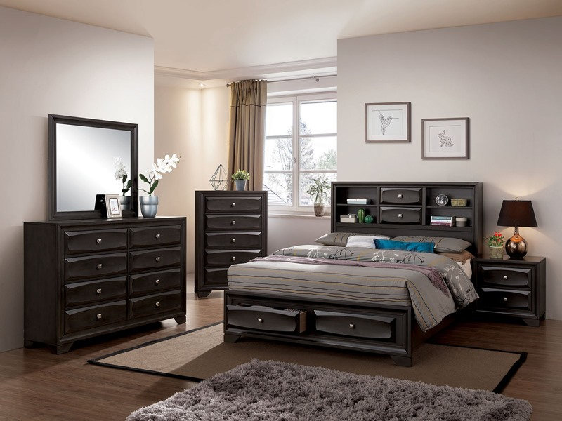 Carlynn Bedroom Set with Storage Drawers