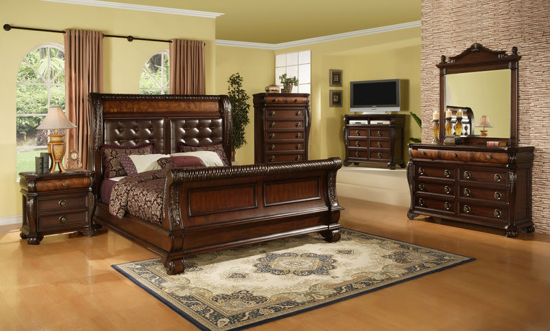Benbrook Master Bedroom Set
