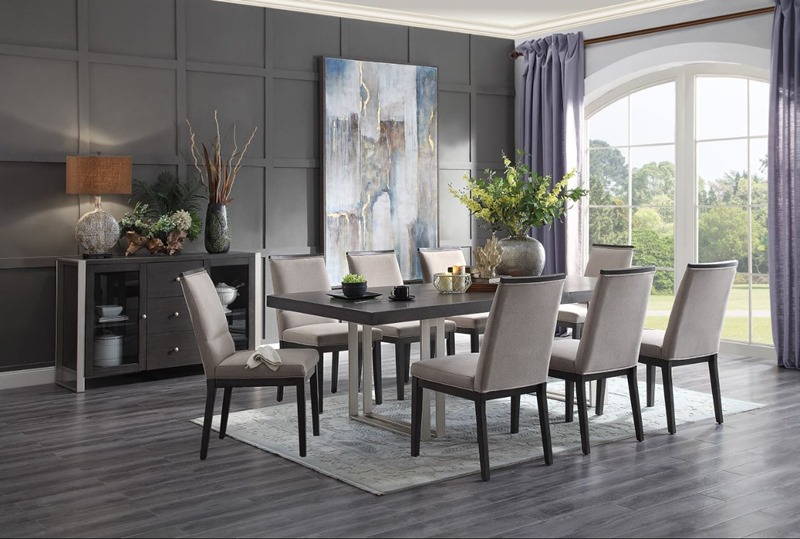 Standish Dining Room Set