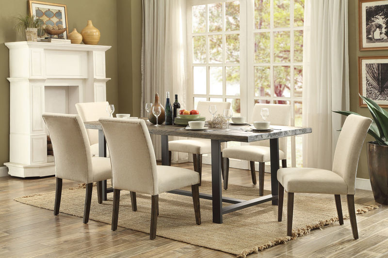 Anacortes Formal Dining Room Set