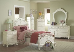 Cinderella Youth Bedroom Set in White Wash
