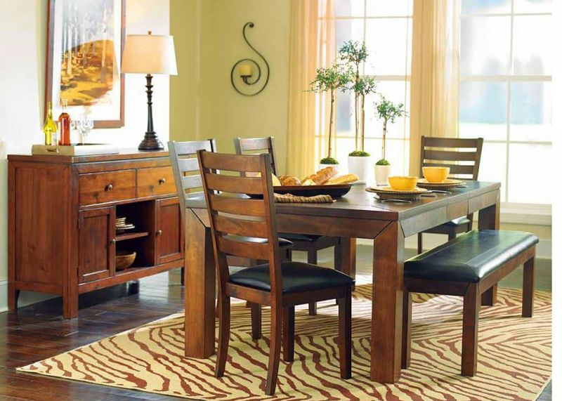 Eagleville Dining Room Set with Bench