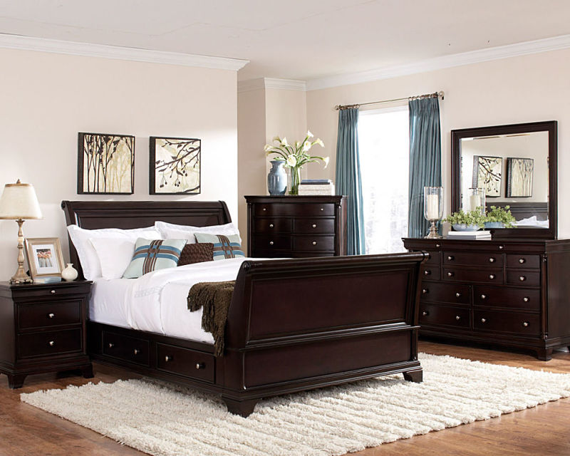 Inglewood Bedroom Set with Sleigh Bed