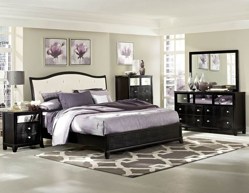 Jacqueline Bedroom Set with Alligator Accents
