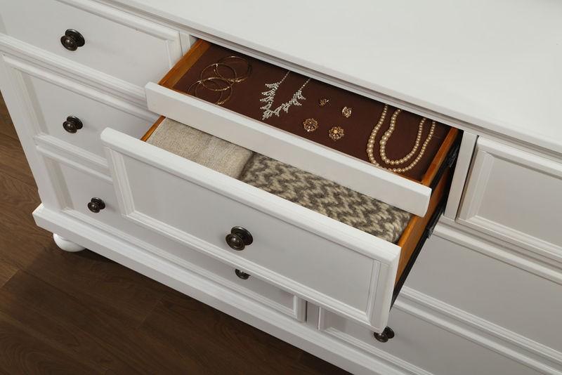 Laurelin Bedroom Set with Storage Bed in White