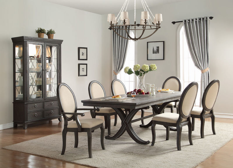 Lindley Formal Dining Room Set