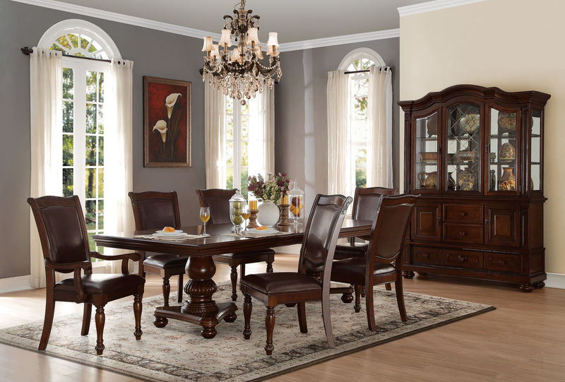 Lordsburg Formal Dining Room Set