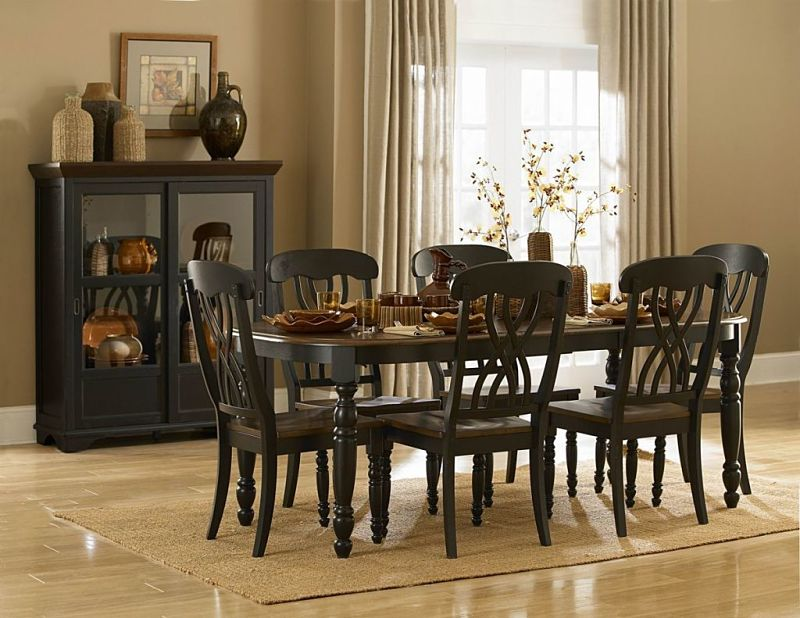 Ohana Dining Room Set in Cherry/Black