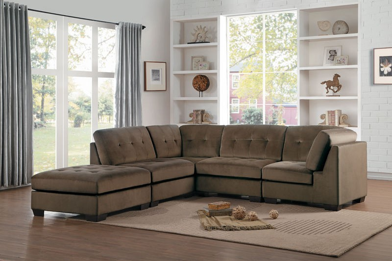 Savarin Sectional Sofa in Brown