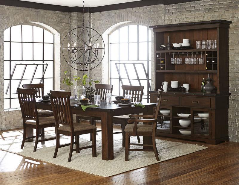 Schleiger Dining Room Set