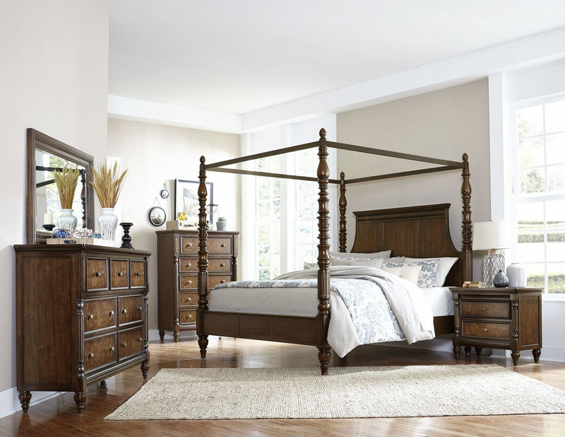 Verlyn Bedroom Set with Canopy Bed