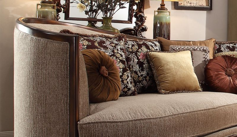 Wentwood Formal Living Room Set