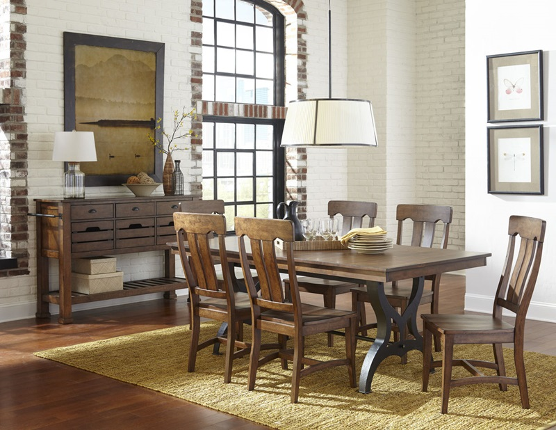 The District Dining Room Set