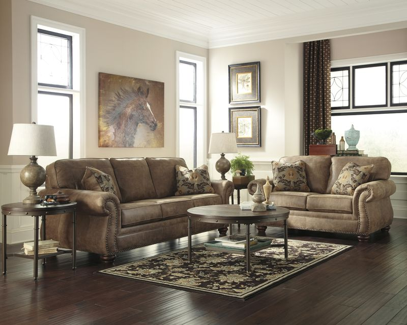 Larkinhurst Living Room Set