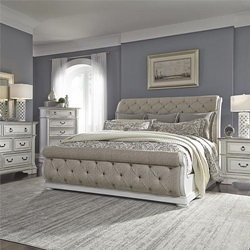 Abbey Park Bedroom Set with Upholstered Sleigh Bed