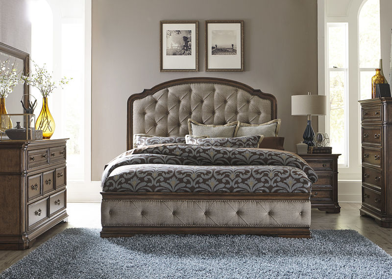 Amelia Bedroom Set with Upholstered Bed