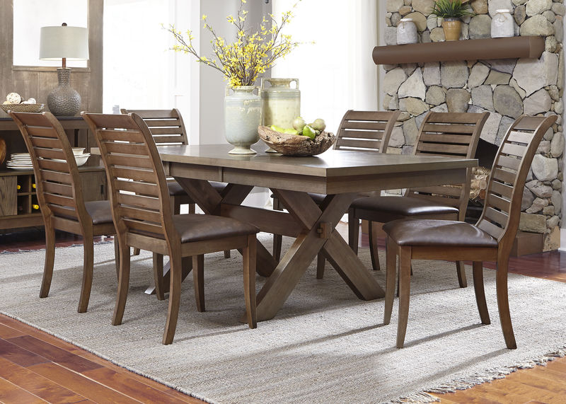 Bayside Crossing Dining Room Set With Upholstered Chairs ...