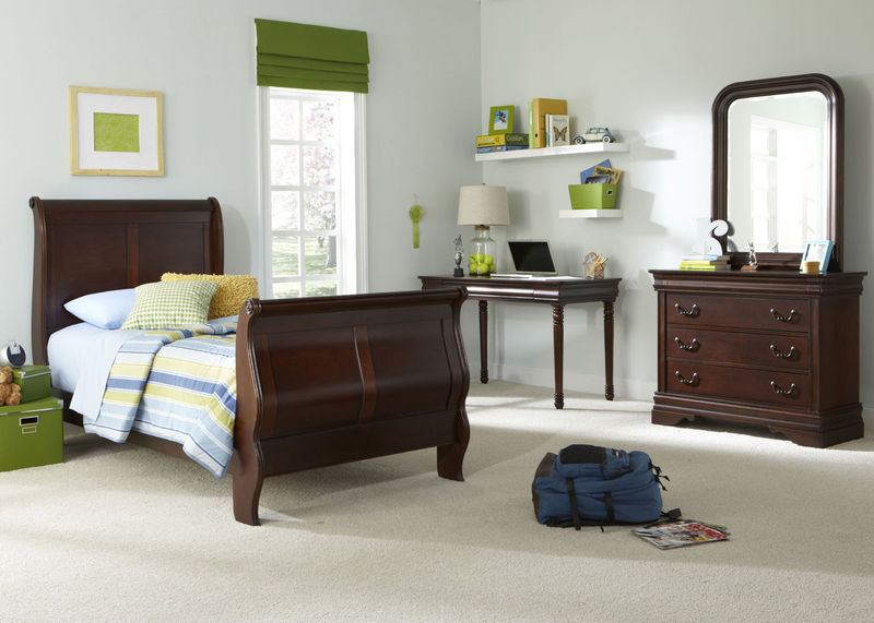 Carriage Court Youth Bedroom Set