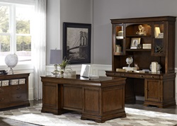 Chateau Valley Executive Desk Set