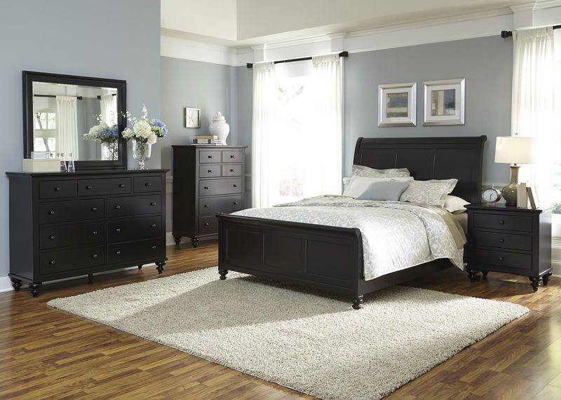 Hamilton III Bedroom Set with Sleigh Bed