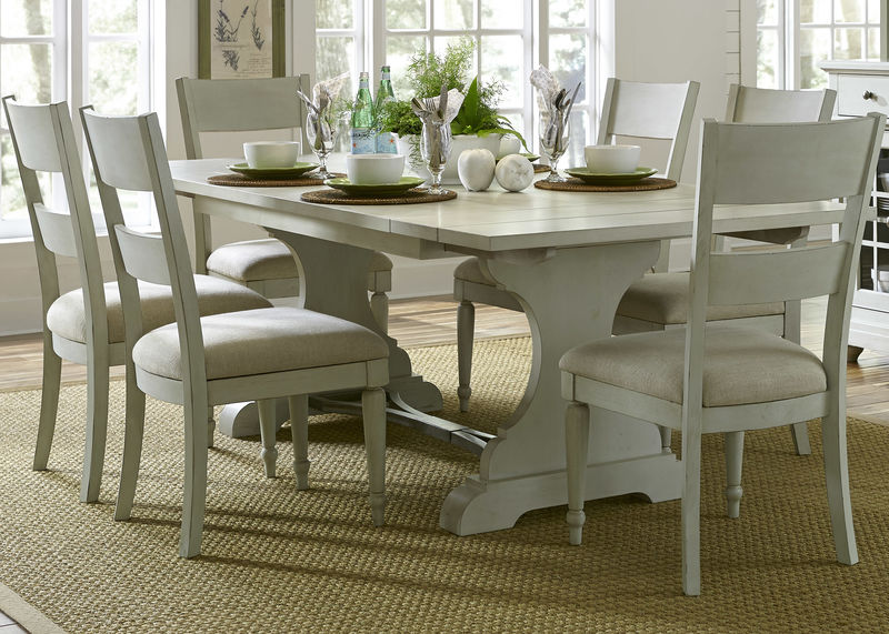 Harbor View III Dining Room Set with Slat Back Chairs
