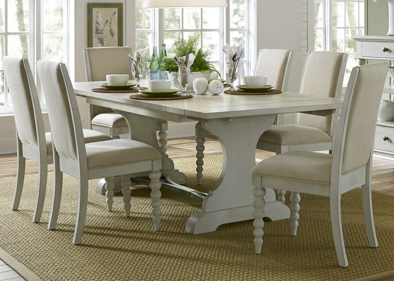 Harbor View III Dining Room Set with Upholstered Chairs