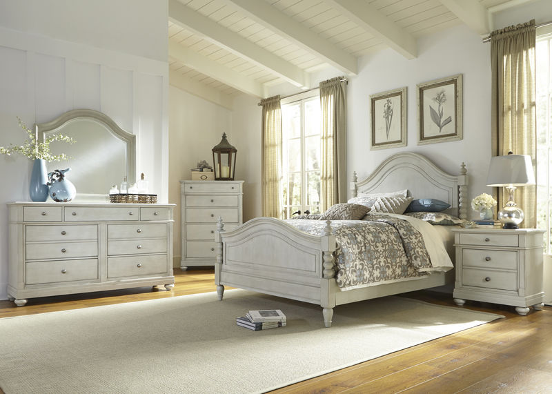 Harbor View III Bedroom Set with Poster Bed