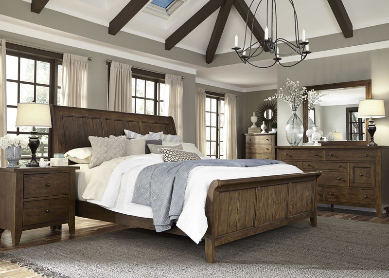 Hearthstone Bedroom Set with Sleigh Bed