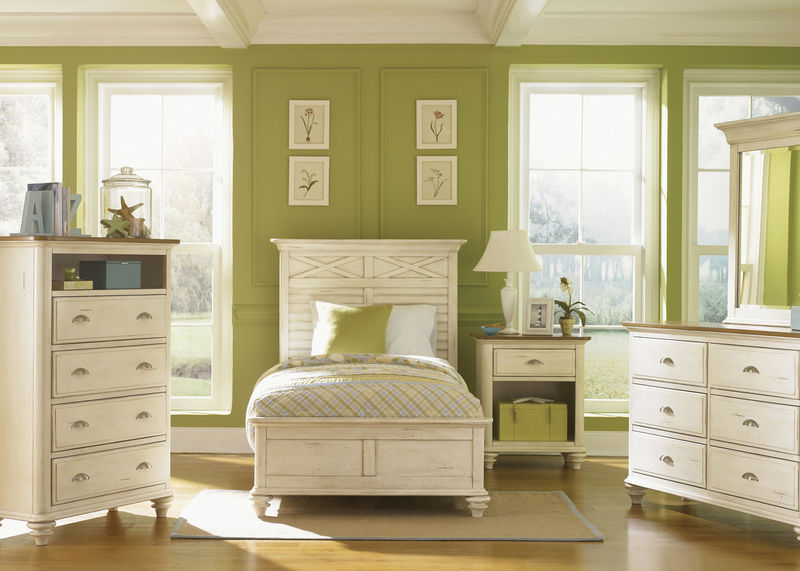 Ocean Isle Youth Bedroom Set