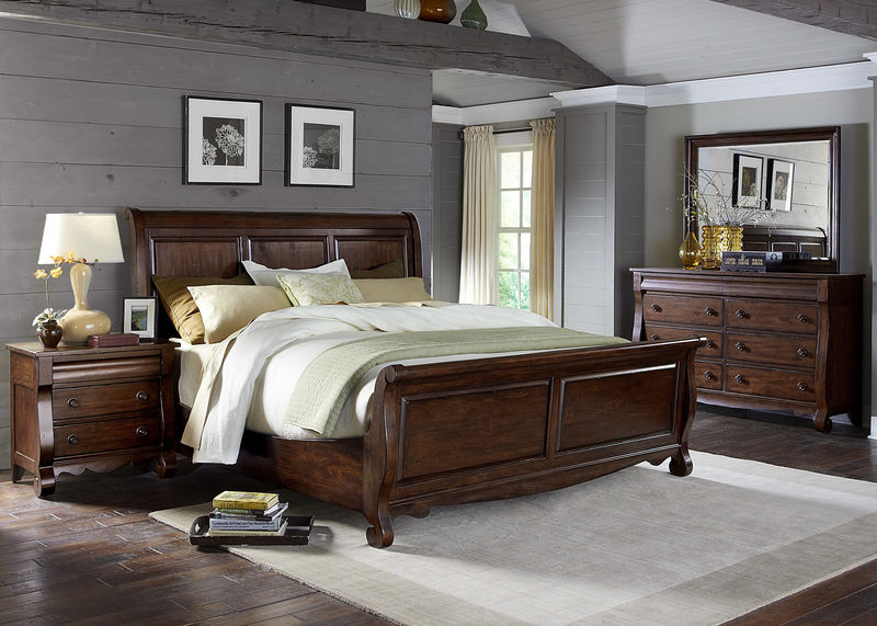Sinclair Bedroom Set with Sleigh Bed