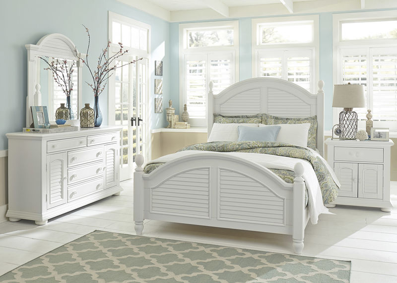 Summer House Bedroom Set with Poster Bed