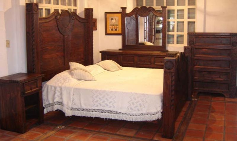 Prieta Grande Rustic Bedroom Set