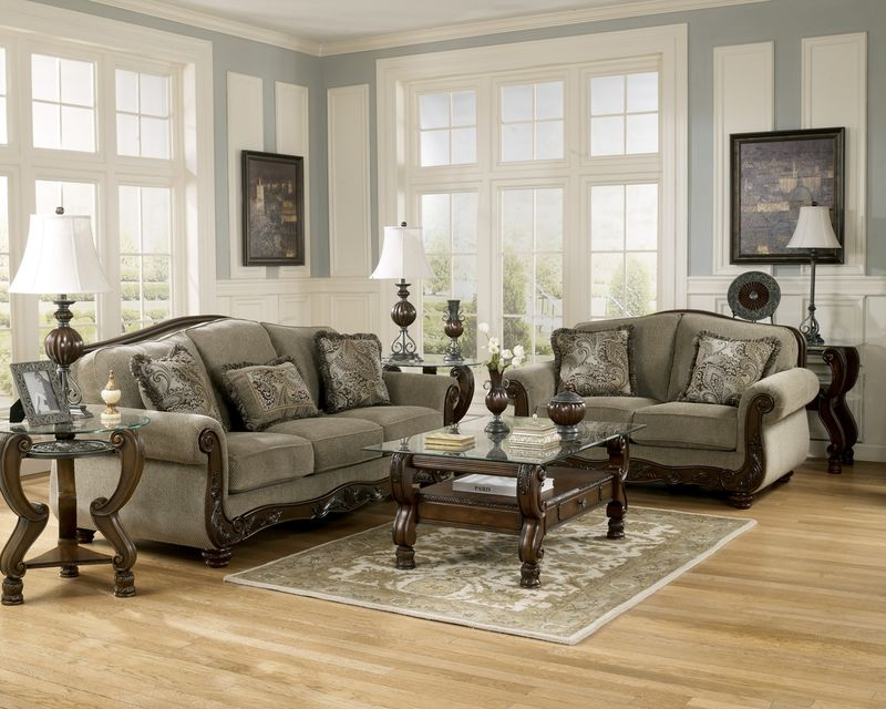 Martinsburg Living Room Set