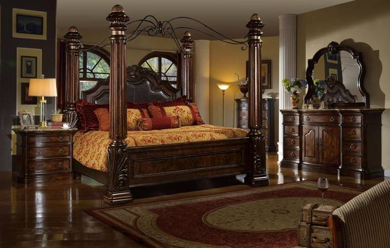 Grand Estate Bedroom Set with Canopy Bed