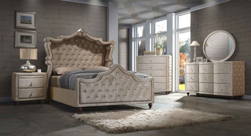 Diamond Canopy Bedroom Set