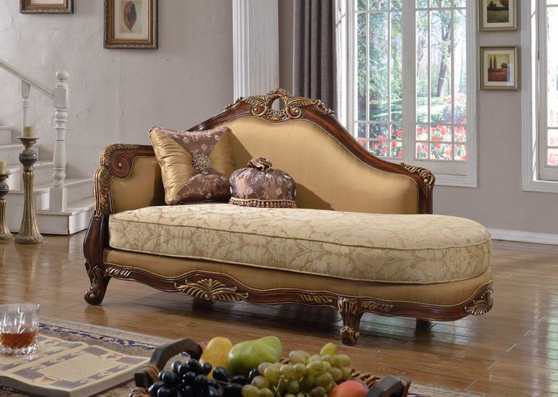 Loretto Living Room Set