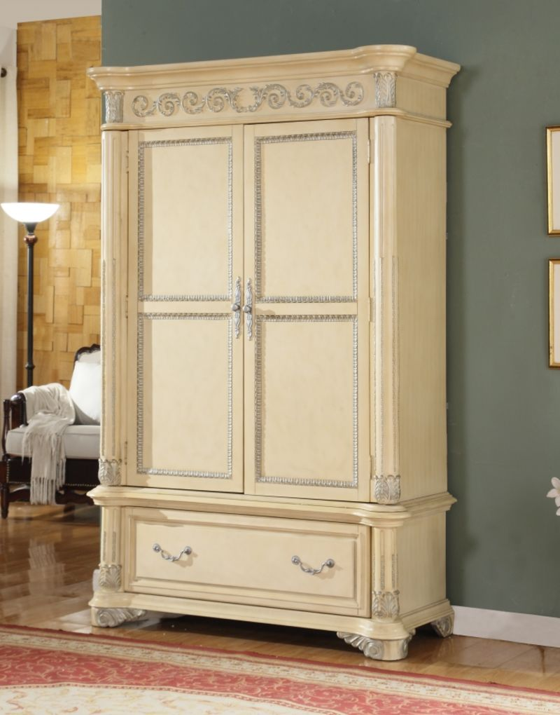 Sienna Bedroom Set with Canopy Bed