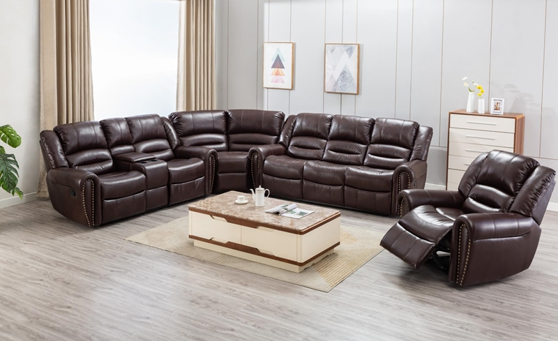 Braxton Sectional Living Room Set in Brown