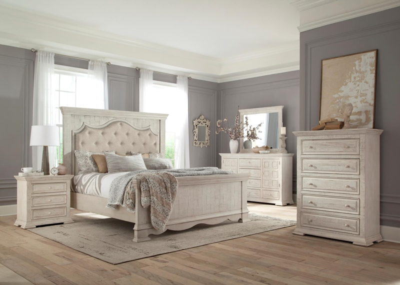 Avondale Upholstered Bedroom Set in White