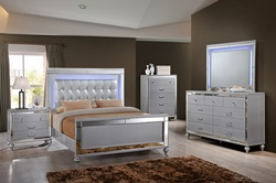 Valentino Bedroom Set in Silver