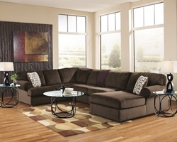 Jessa Place Sectional Sofa