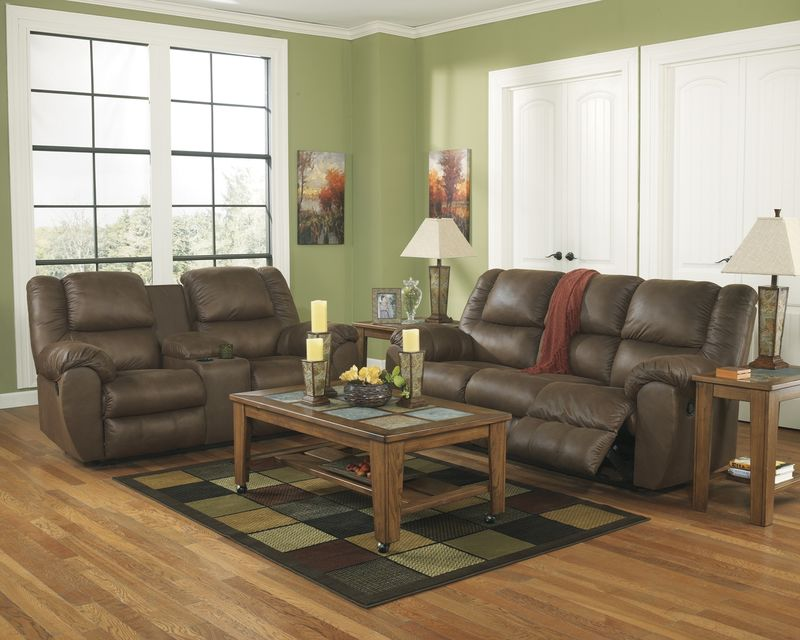 Quarterback Reclining Living Room Set