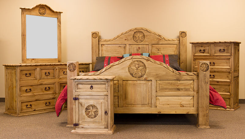 Rope and Star Rustic Bedroom Set with Natural Finish