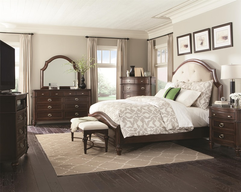 The 17 Best Images About Bedroom Sets On Pinterest Nail Head ...