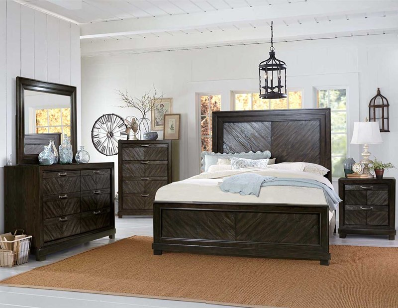 Montana Bedroom Set in Dark Oak