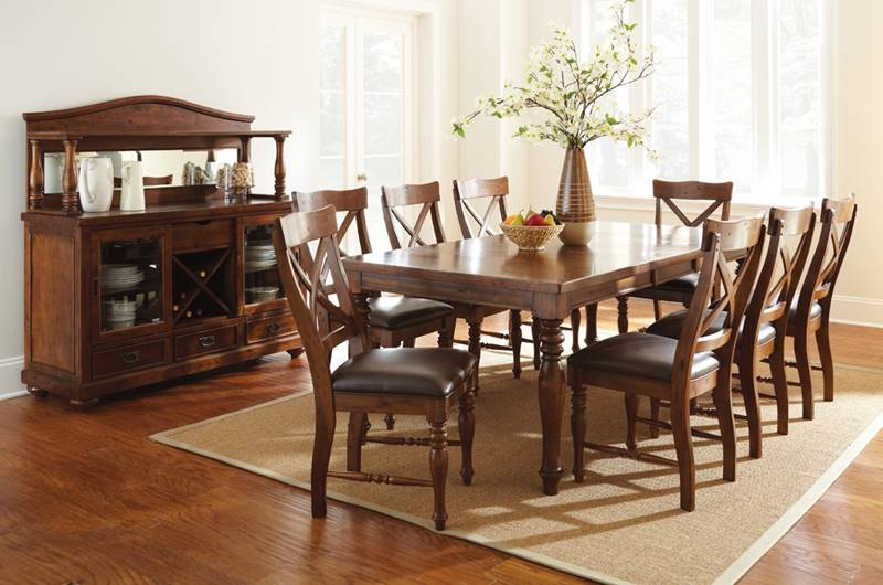 Wyndham Dining Table Set